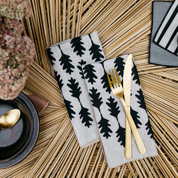 Oak Leaf Napkin / Placemat in Black