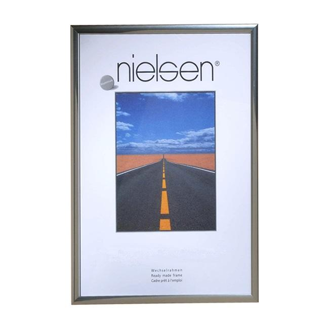 Nielsen Pearl Polished Silver A3 frame