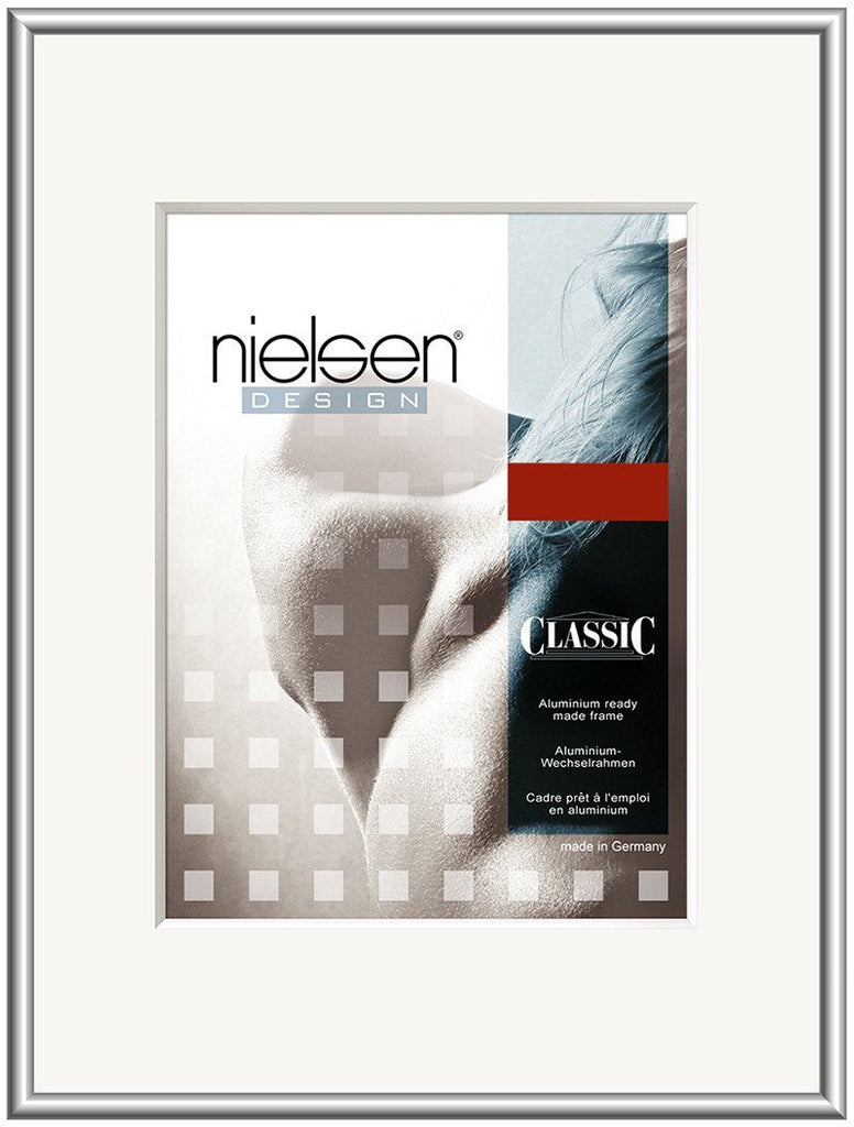 Classic Frosted Silver 24 x 30 cm - Trade Frames