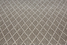 Grey diamond pattern rug