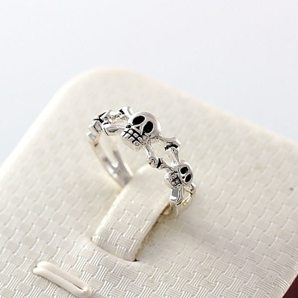 Beautiful Silver Skull Ring
