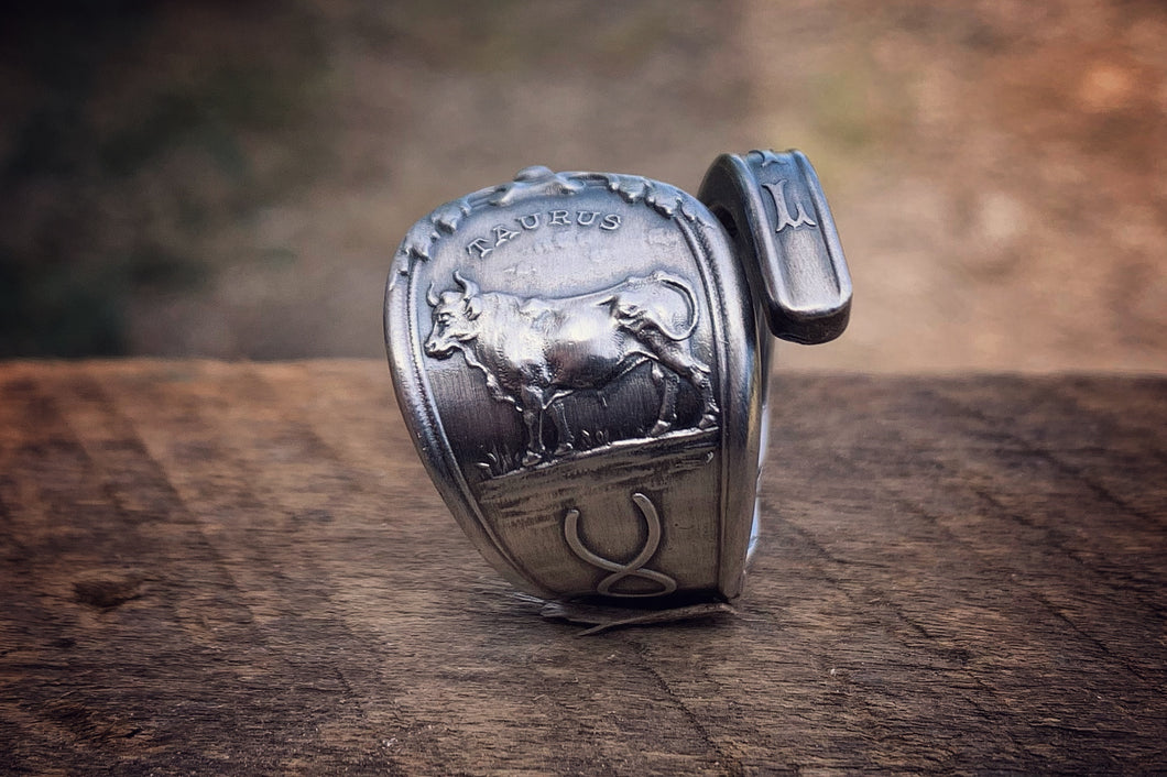 1894 April Zodiac Sterling Spoon Ring