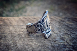 1894 June Zodiac Sterling Spoon Ring