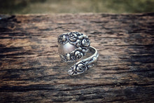 1898 Demitasse Rose Pattern Sterling Spoon Ring