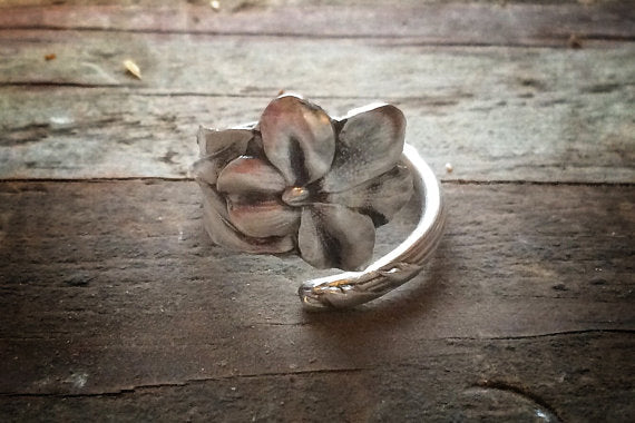 1942 Violet Sterling Silver Spoon Ring (Rare)