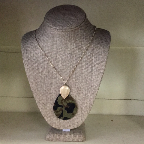 Teardrop camo Necklace