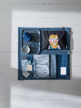 Load image into Gallery viewer, Spira of Sweden toiletry bag 'Frank'