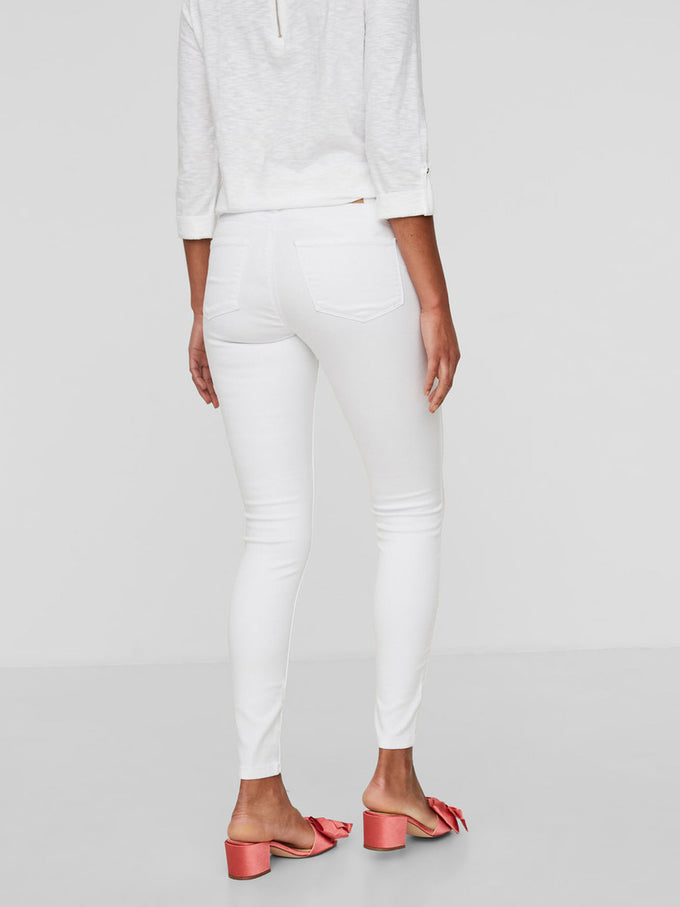 VMSEVEN WHITE SLIM FIT JEANS Bright White