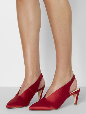 V-SHAPE SATIN HEELS