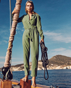 LONG SLEEVE CREPE JUMPSUIT