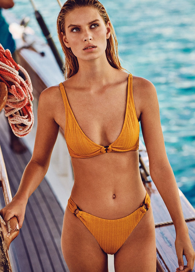 KNITTED BIKINI TOP Aspen Gold