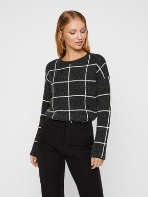 SOFT SWEATER WITH GEOMETRIC DETAILS