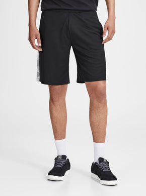 PATTERNED TRAINING SHORTS