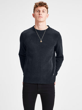 PREMIUM SWEATER WITH SHOULDER DETAILS