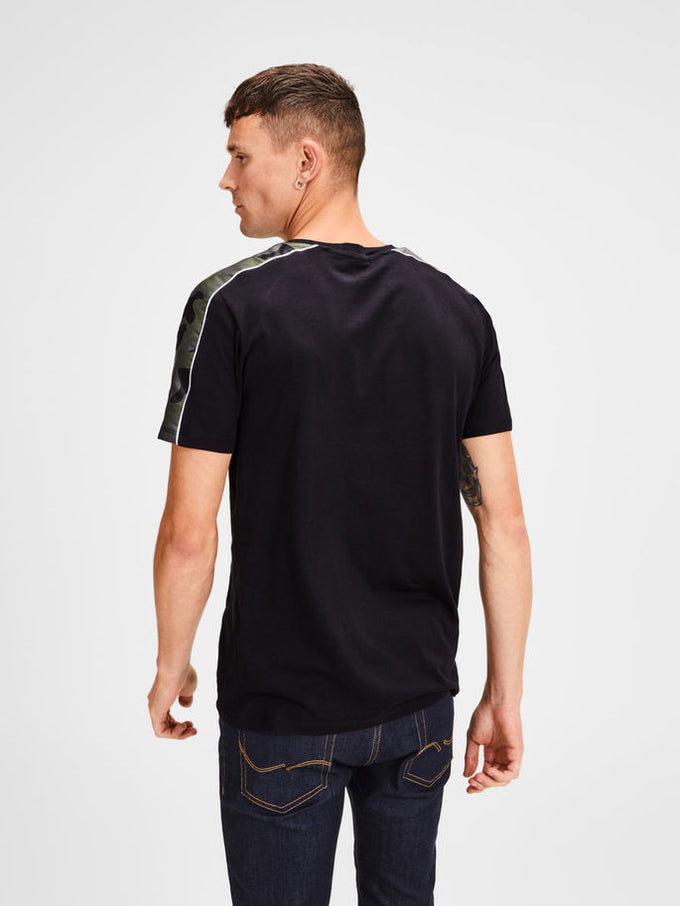 T-SHIRT WITH CAMO DETAILS Black