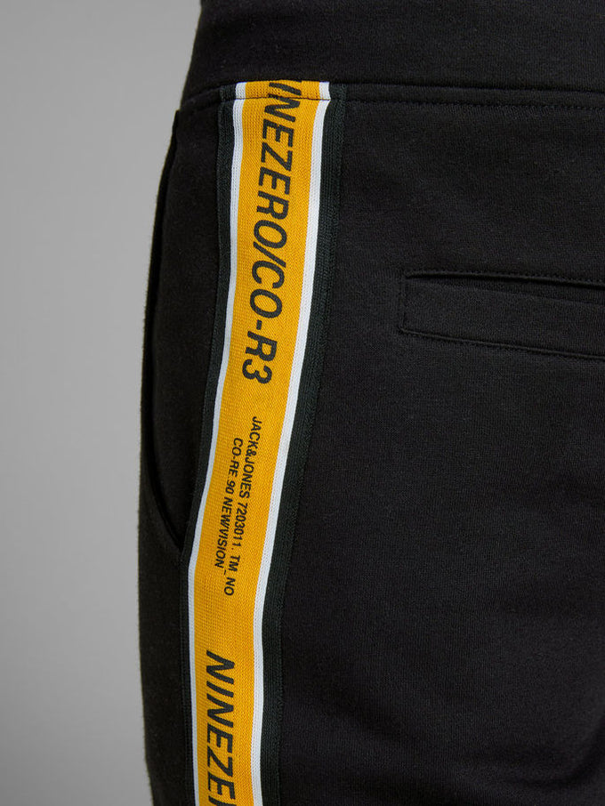 TAPE DETAIL CORE SWEATPANTS Black