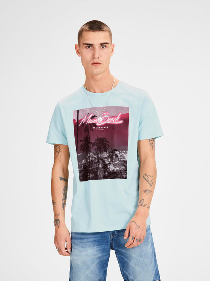 CITY T-SHIRT WITH NEON DETAILS Plume