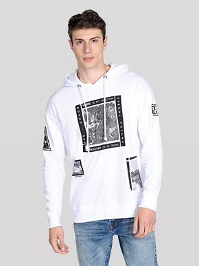 OVERSIZE HOODIE WITH URBAN DETAILS
