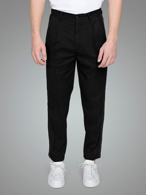 TAPERED FIT PLEATED PANTS