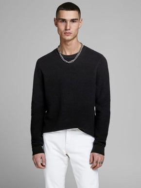 RIBBED ESSENTIAL SWEATER