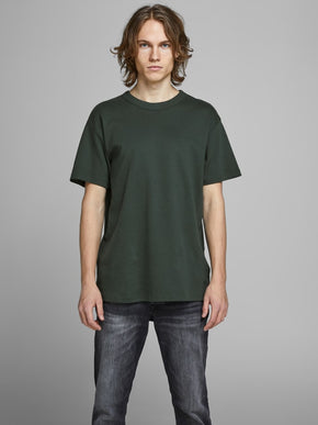 PREMIUM T-SHIRT WITH RIBBED NECKLINE