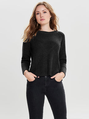 CLASSIC SOLID SWEATER
