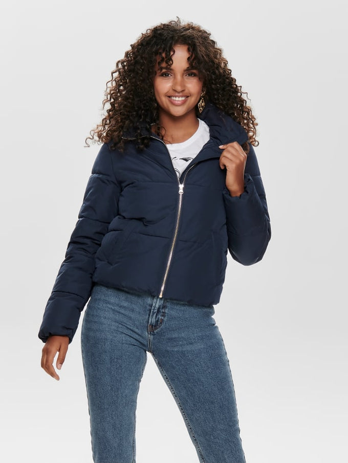 SHORT PUFFER JACKET Sky Captain