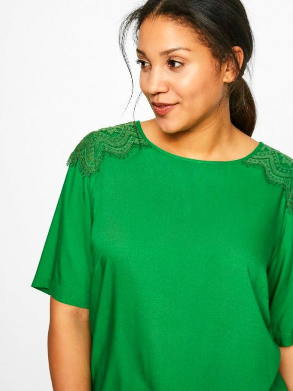 GREEN BLOUSE WITH LACE Fern Green