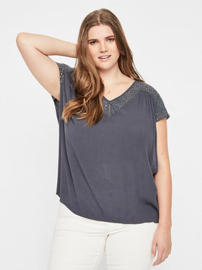 SHORT SLEEVE CREPE BLOUSE
