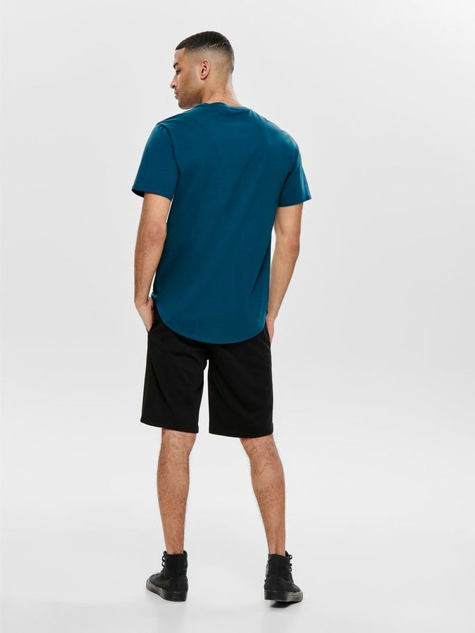 LONG FIT T-SHIRT WITH A CURVED HEMLINE Majolica Blue