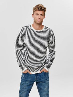 TWO-TONE STRIPED STITCH SWEATER