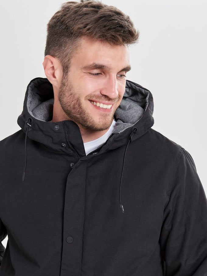 PARKA WITH CONTRAST HOOD Black