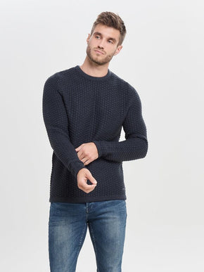 HEAVY KNIT SWEATER