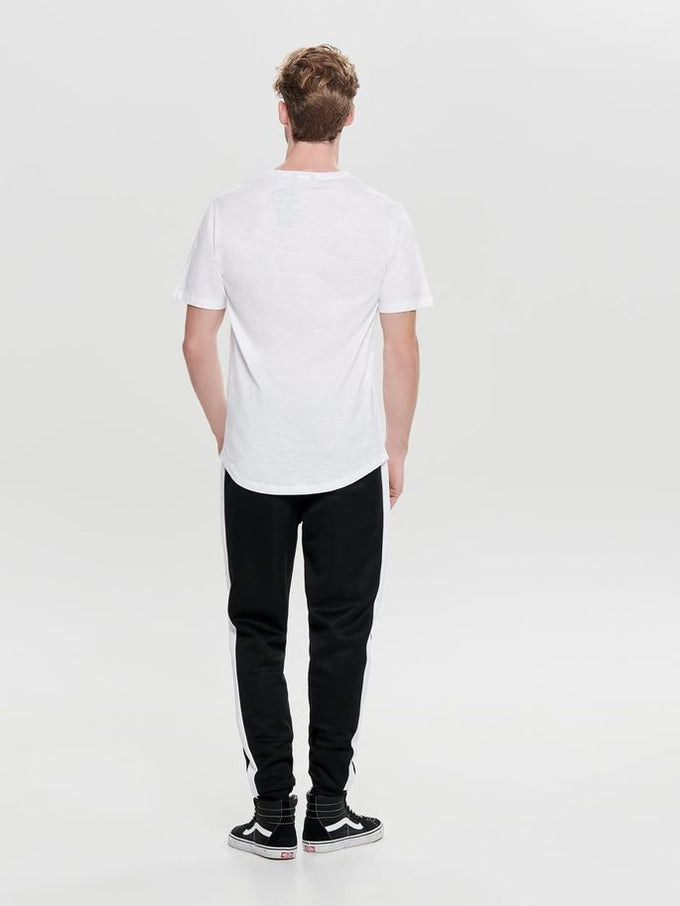 LONG FIT SNACK POCKET T-SHIRT White