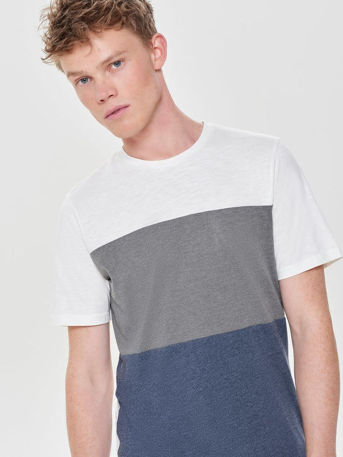 COLOURBLOCK STYLE T-SHIRT Cloud Dancer