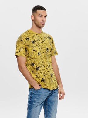 ONLY & SONS TROPICAL PRINT T-SHIRT