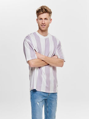 OVERSIZE VERTICAL STRIPE T-SHIRT
