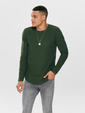 TEXTURED LONG FIT T-SHIRT