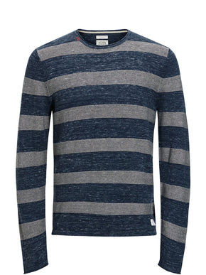 TWO-TONE LIGHT SWEATER