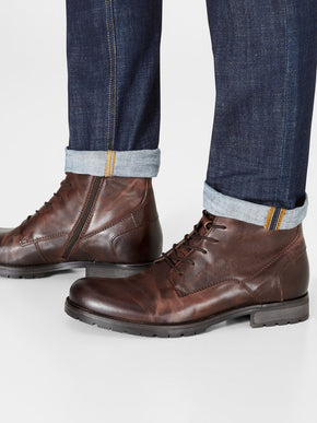 BROWN LEATHER BOOTS WITH EXTRA GRIP