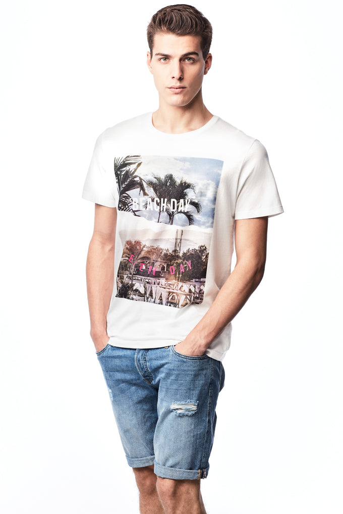 BEACH DAY EVERY DAY GRAPHIC PRINT T-SHIRT CLOUD DANCER