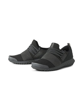 MESH RIBBED SOLE BLACK SNEAKERS
