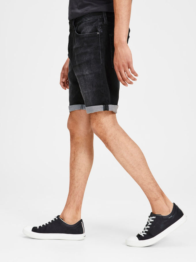 SHORT EN DENIM NOIR EXTENSIBLE INDIGO KNIT DENIM NOIR