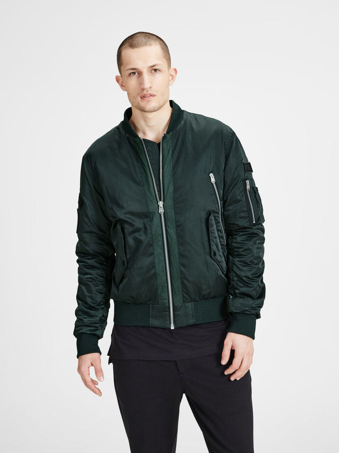b80a53df5 MILITARY STYLE BOMBER JACKET   GREEN