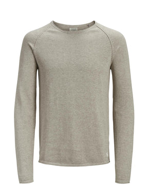 BASIC ESSENTIAL SWEATER