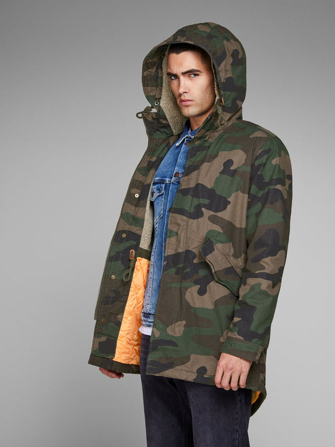 7116ee397 FISHTAIL PARKA WITH CAMO STYLE | GREEN