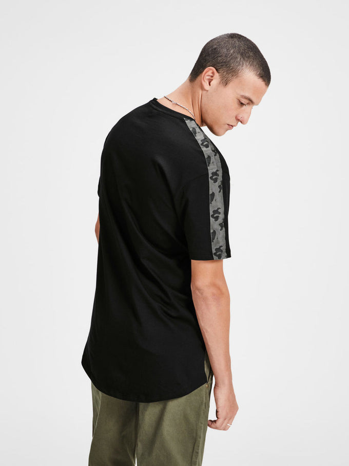 HIGH-LOW T-SHIRT WITH CAMO DETAILS BLACK