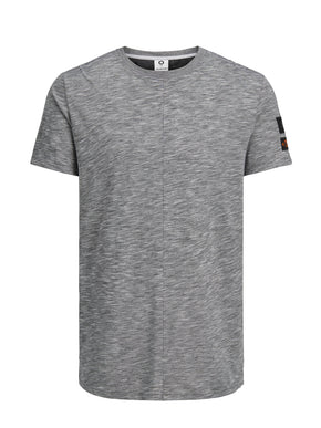 LONG FIT CORE T-SHIRT WITH PATCHES