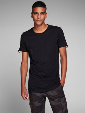 CORE T-SHIRT WITH BUCKLE DETAIL