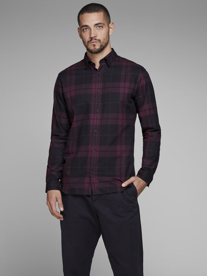 SLIM FIT CLASSIC CHECKERED SHIRT POTENT PURPLE